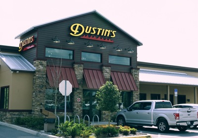 Why Dustin's Bar-B-Q Is Dedicated To Safe, Quick Curbside Service